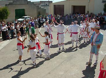 Dance de Las Pedrosas, crowfunding